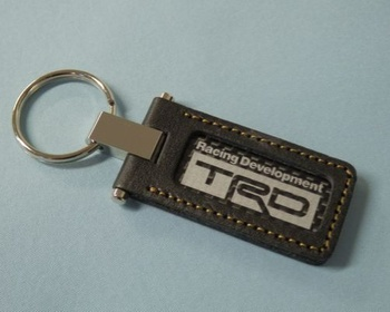 08235-SP030 TRD - Key Ring Leather