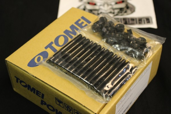 Tomei - Cam Bearing Cap Studs