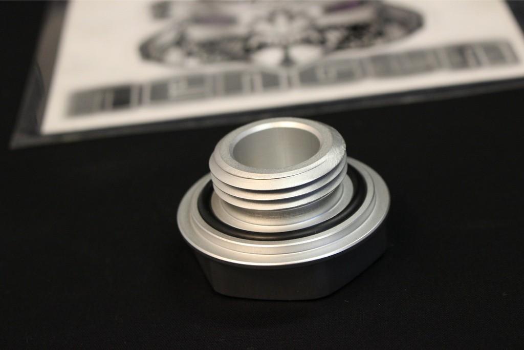 Screw Type - Color: Silver - 12180-SP002
