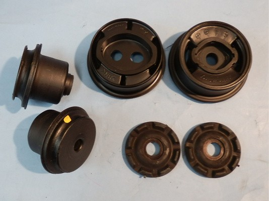 Type: Rear Differential Mount Set (13-16) - 41065-JX000