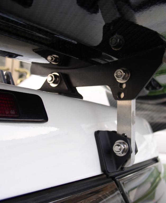 Drag Stay for GT Wing - Height: 50 to 120mm - 02009-1