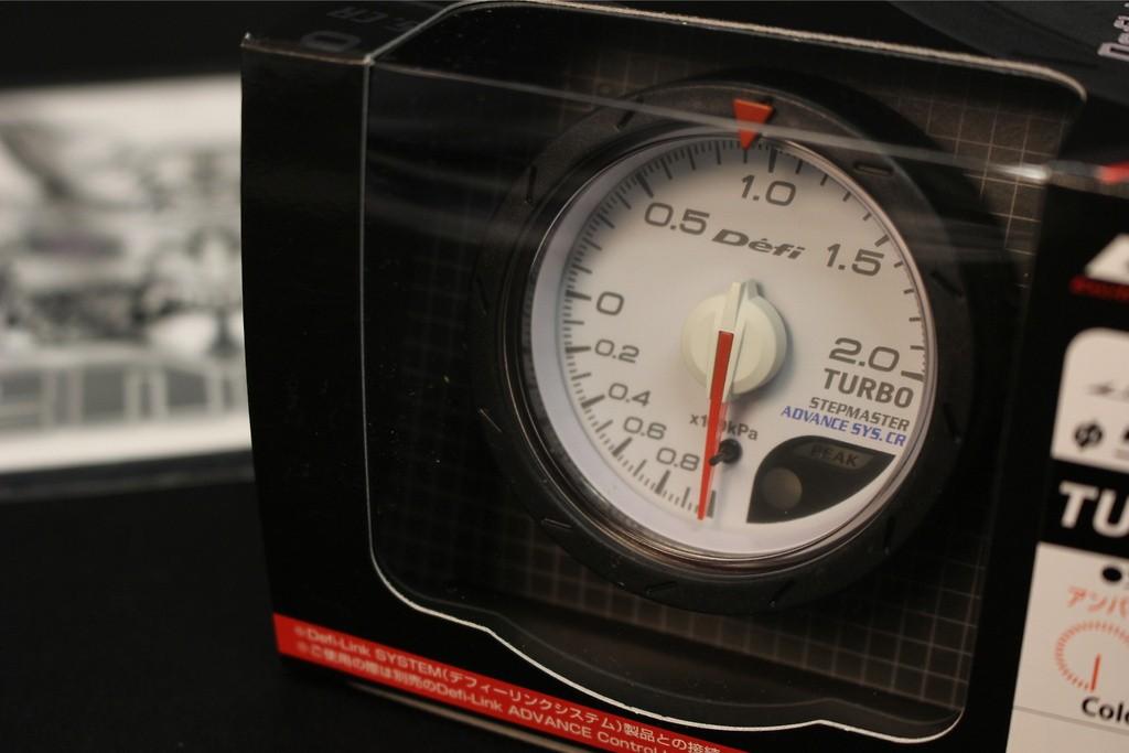 Defi Link ADVANCE CR Oil Pressure Gauge White Face 60mm Blue//Amber Red DF08901