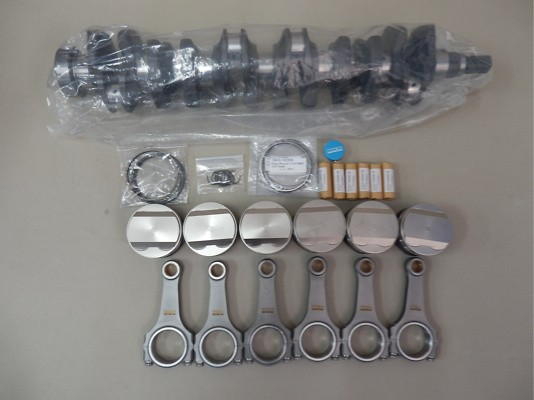 HKS 2.8L Step 2 - Full Kit - Pistons, Crankshaft & Connecting Rods - 21004-AN004