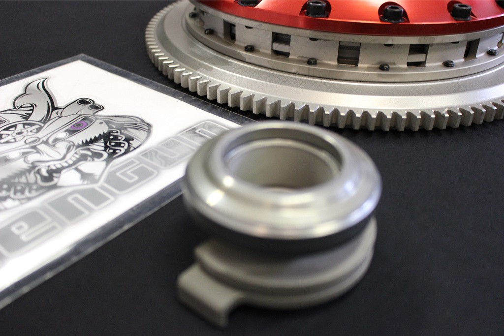 Includes Sleeve Bearing - Type: Twin Plate - Dampered: Not Dampered - STR2C