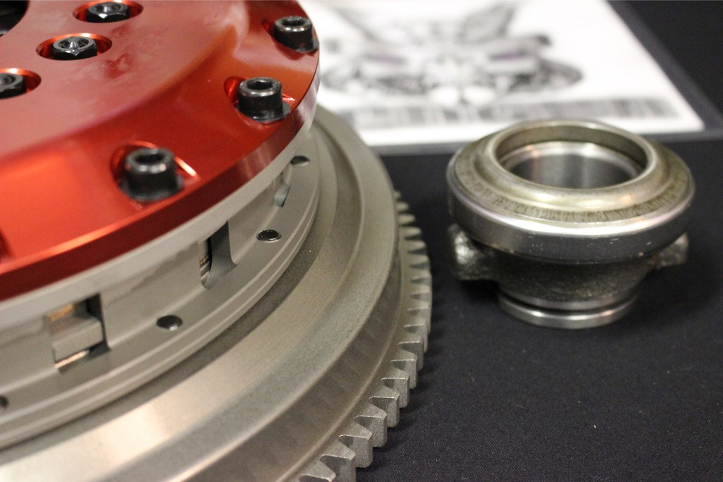 Includes sleeve bearing - Type: Twin Plate - Dampered: Dampered - STR2CD