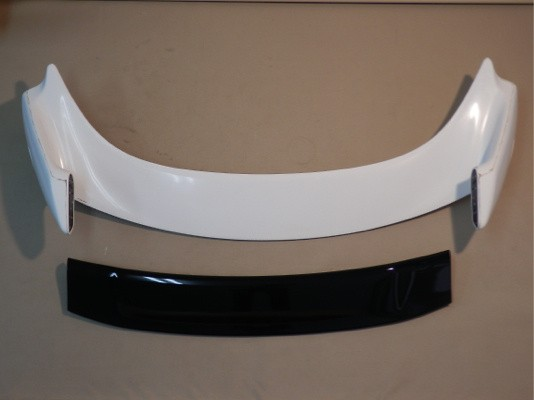 84112-XLR-K0S0 Rear Wing (Non painted) The Wing (Center part) is painted in Black pearl