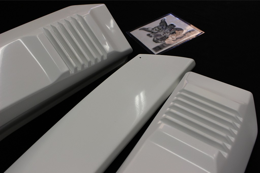 Material: FRP - Roof Duct Spoiler