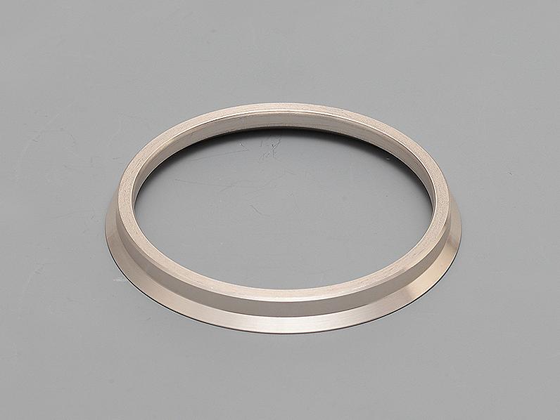 Outer Diameter: 63mm - Inner Diameter: 56.1mm - Quantity: 1 - Z8055