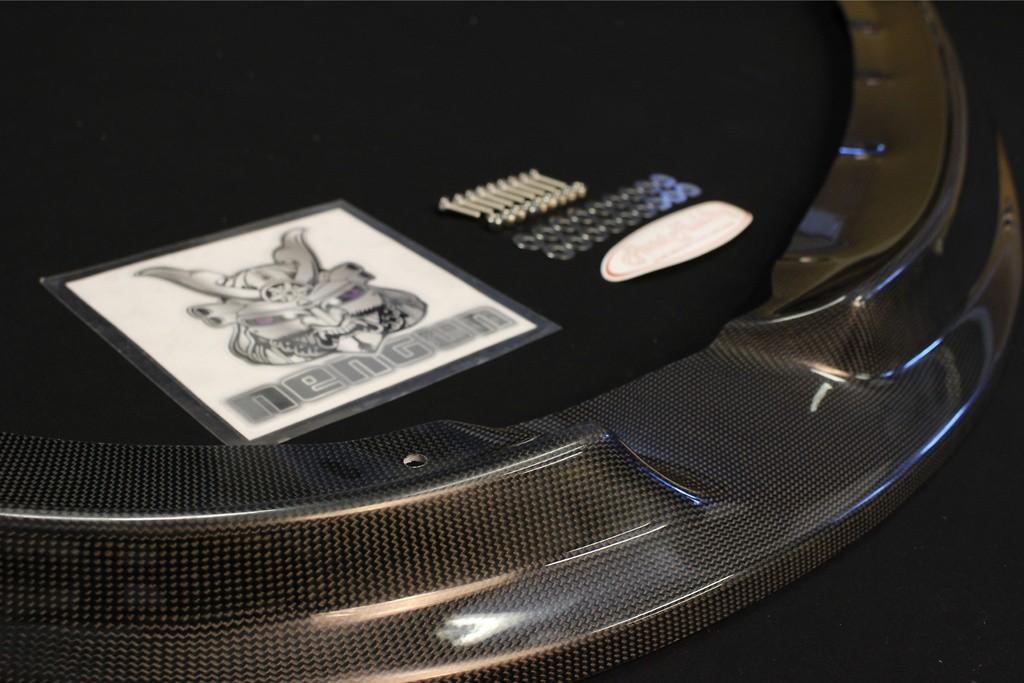 Material: Carbon - EK9