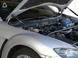 GReddy - Engine Hood Lifter - SE3P