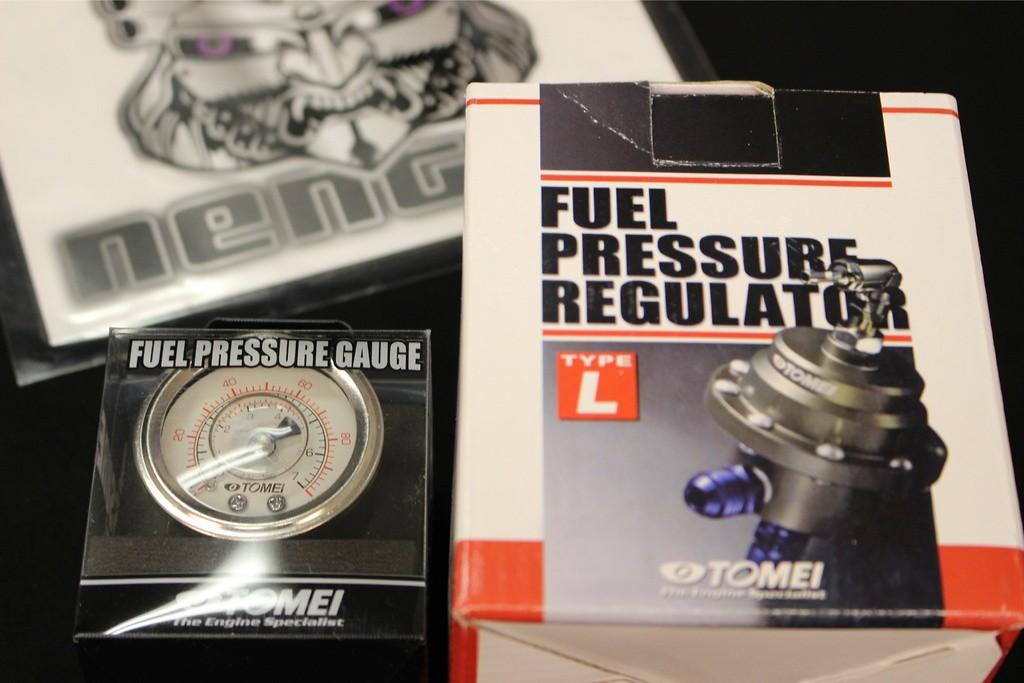 Fuel Gauge 48mm Diameter + Tomei Adjustable Fuel Regulator - Type L (for high flow, big power & high