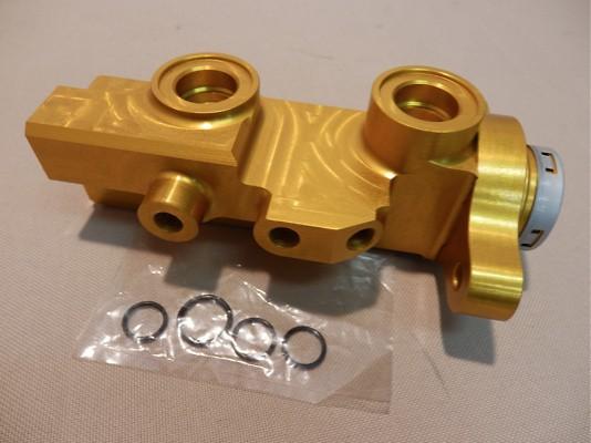 Auto select large diameter brake master cylinder