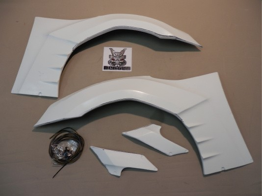 Front Fenders - Right & Left Set (+30mm) - Construction: FRP - AIMLFS-FF