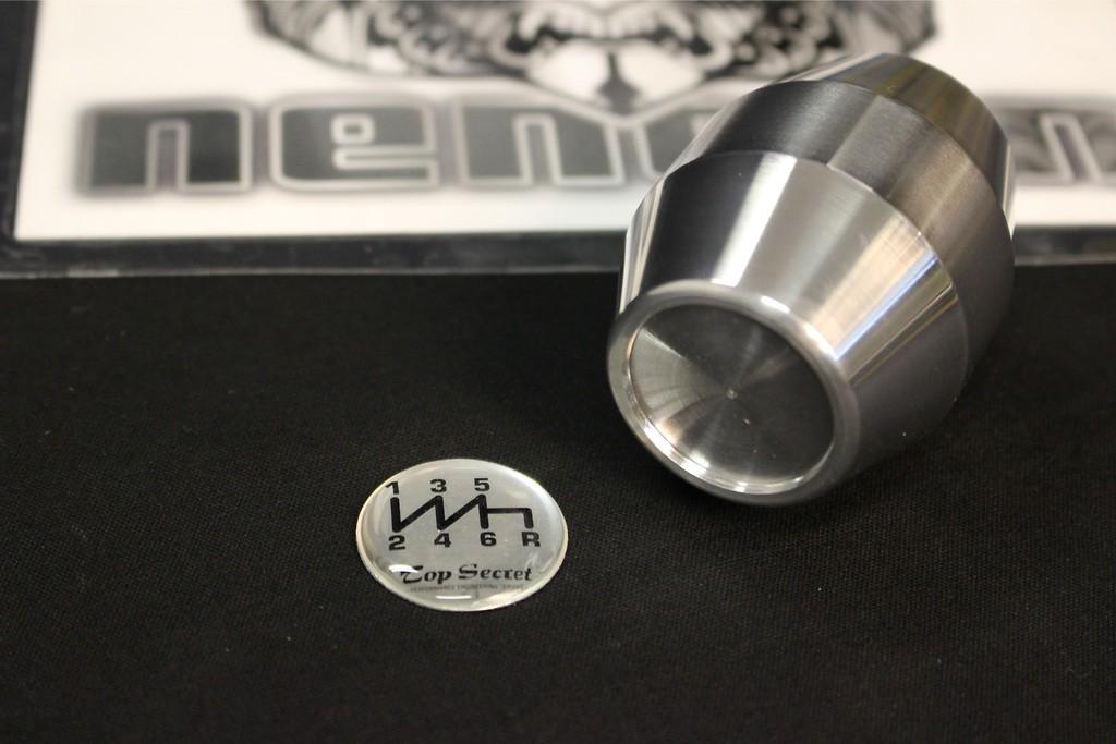 Colour: Silver - Badge: Silver 6SP - Length: Short - Thread: M12x1.25 - SS12S6