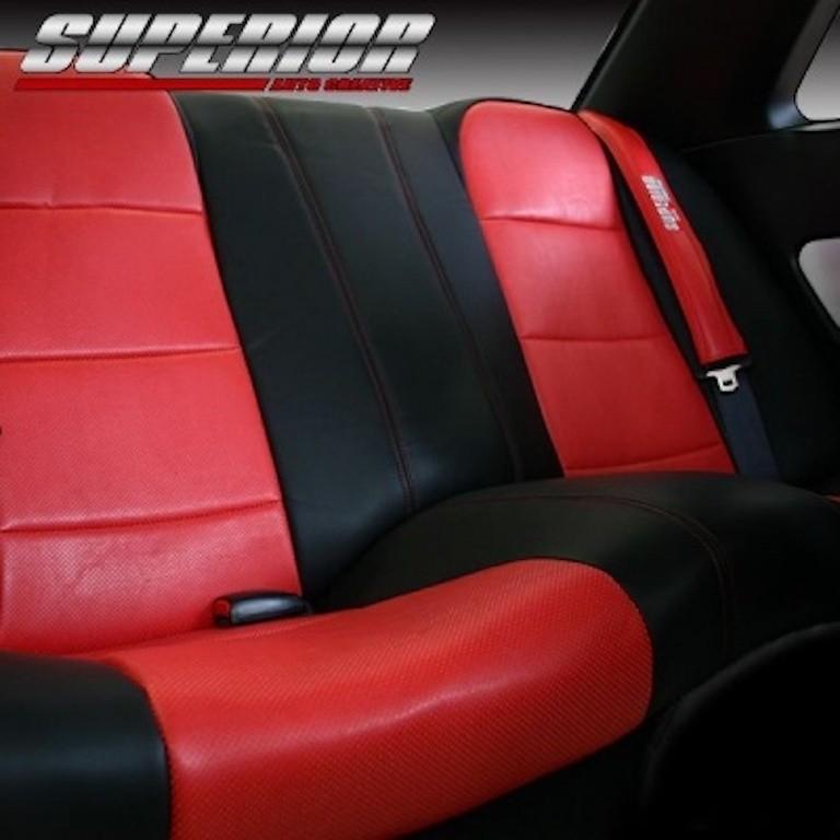 Rear Set - Material: PCV - Color: Black - Insert: Red - Thread: Red - Seat: Rear Set - SACPTZ-BNR34-REAR