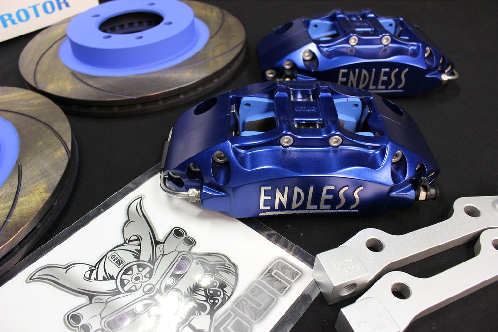 System Inch Up Kit - Set: Front - Caliper Type: S4F 4pot - Rotor Type: Curving Slit - Rotor Size: 280×22 - Brake Pads: MX72 - Brake Pads: MX72 Plus - Brake Pads: SSM - Brake Pads: Type R - EG4US30A