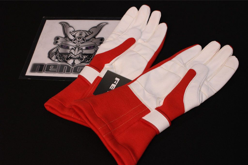 Color: Red/White - Size: Large - Red/White L