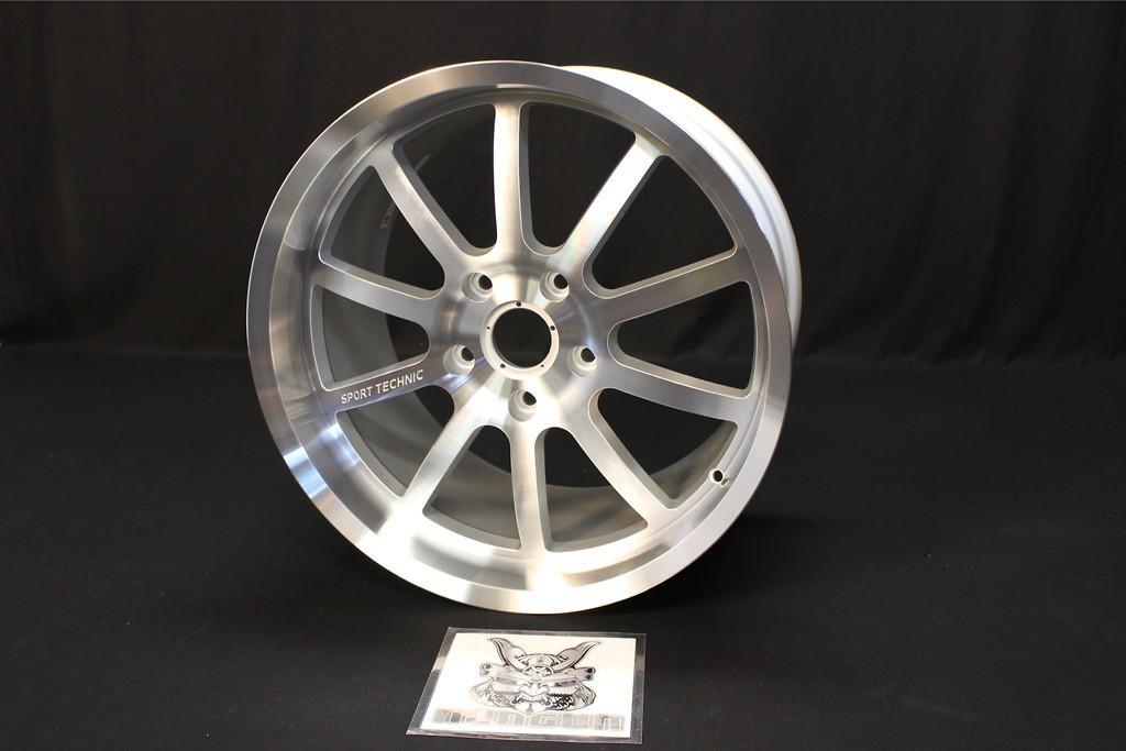 "Porsche - 911 - Carrera/Carrera S - 996 - Colour: Polished/Chrome Silver - Size: 19"" - Width: 11.0 -"
