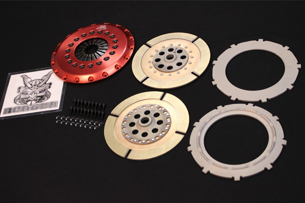 O/H Kit B - Clutch disc ×2, center plate ×1, pressure plate, clutch cover, cover bolts (required number) - CD9A/CE9A