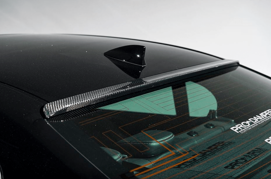 Construction: Carbon - Roof Spoiler