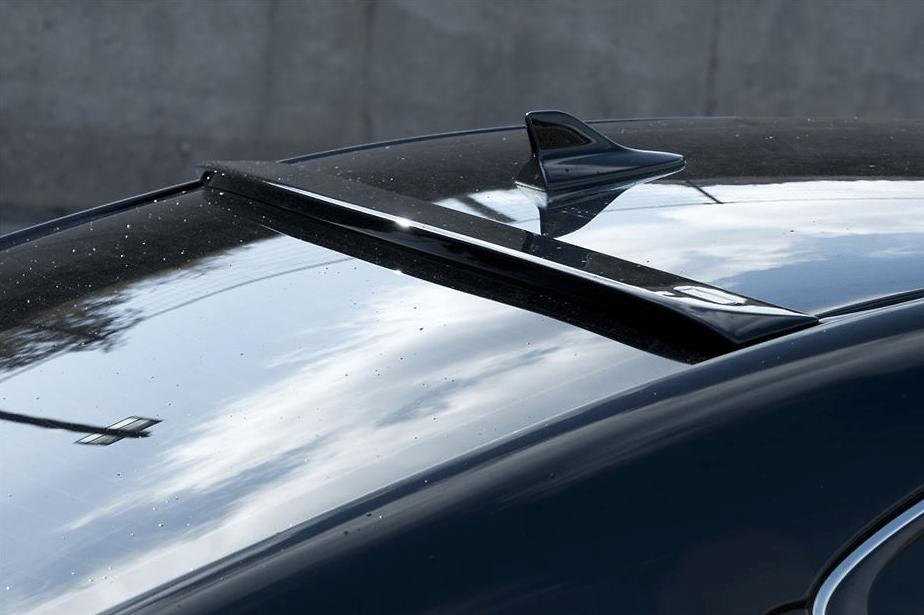 Roof Spoiler - Construction: FRP - Colour: Unpainted - VIPGT-ISGSE-RS