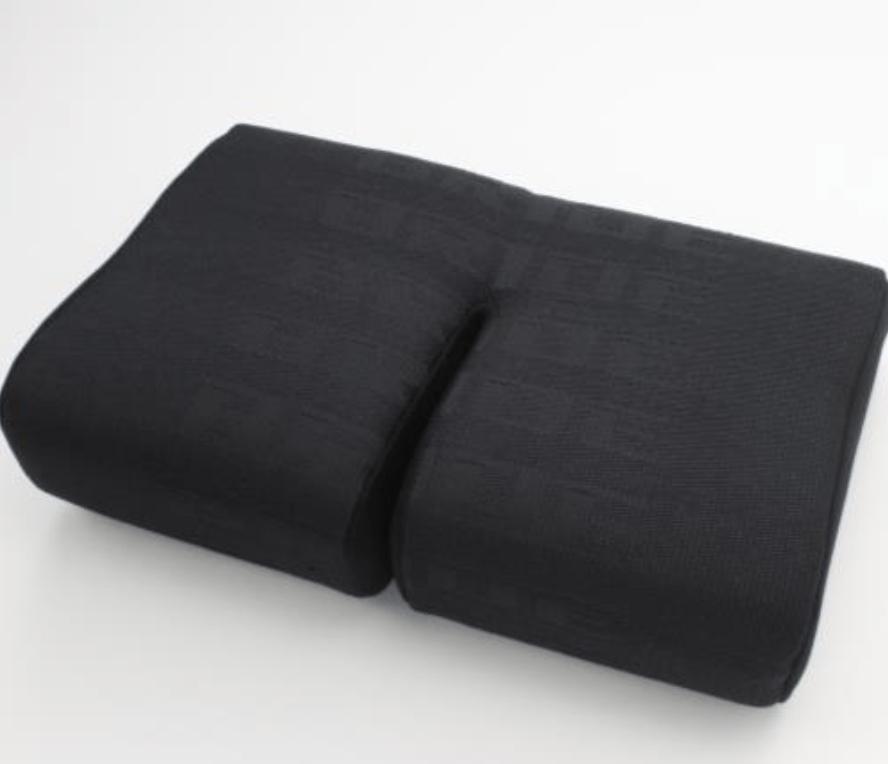Type: Thigh - Zieg III, Gias Standard, Stradia Standard - Color: Black Logo - P23HCO