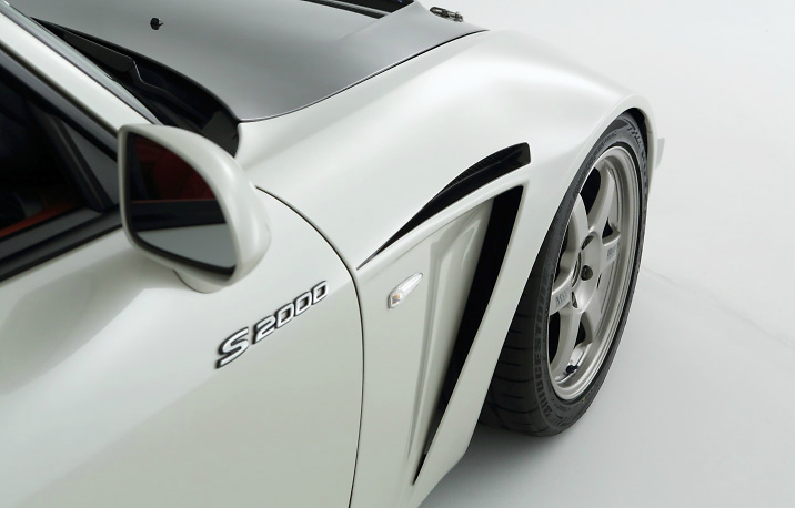 R1 Titan - S2000 Legaro Front Kit