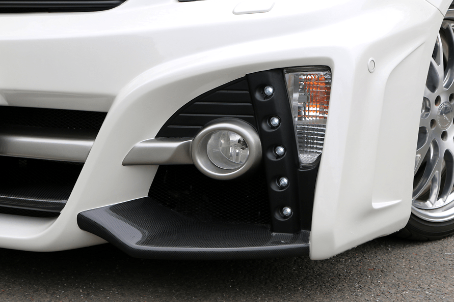 Front Bumper Spoiler (LED daytime lamp set) - Construction: FRP/Carbon - Colour: Unpainted - ZVW30-FBSFC