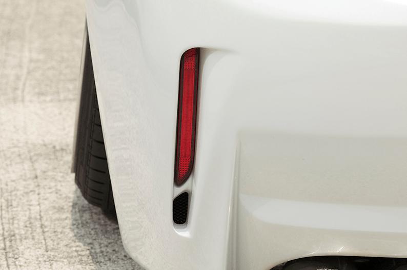 Rear Stylish Bumper - Construction: FRP - Colour: Unpainted - BDZVW30-RSB