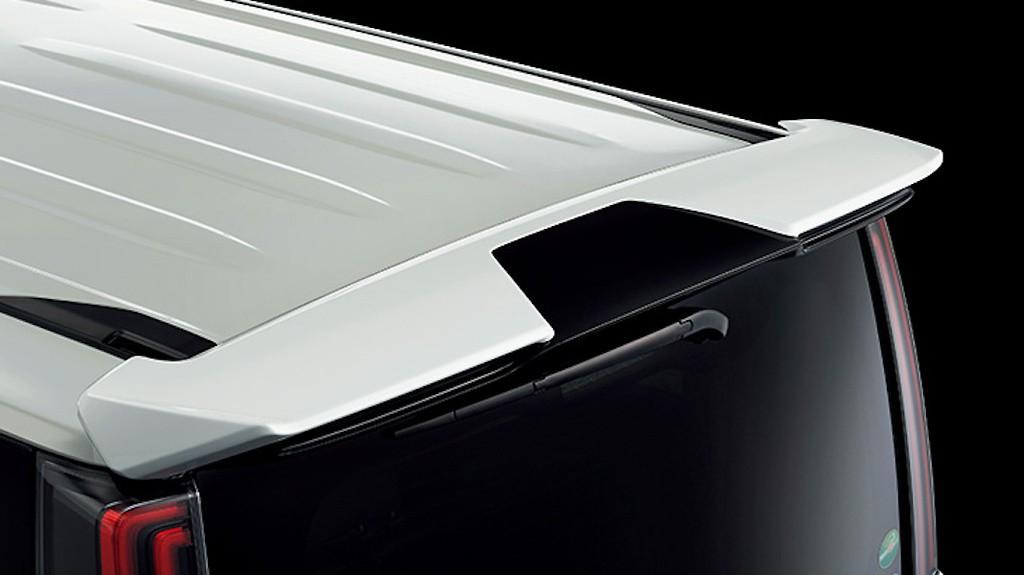 Rear Spolier - Construction: ABS - Colour: Black: C0 - Colour: Bordeaux Mica Metallic: D0 - Colour: Luxury White Pearl Crystal Shine Glass Flake: A1 - Colour: White Pearl Crystal Shine: A0 - D2644-55810-XX