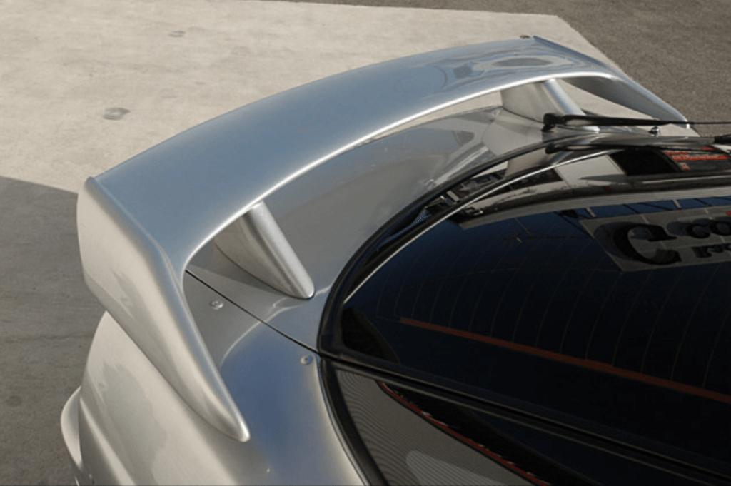 Construction: FRP - Colour: Unpainted - Rear Spoiler Type 2