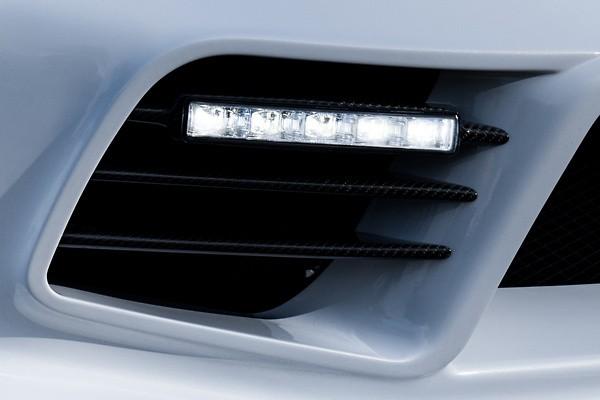 Front Bumper Duct Fin - Construction: Carbon - WSZEN-SE3P-FBDFC