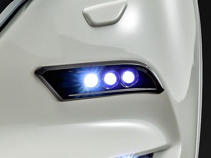 LED Triple Spot Kit - Blue Lights - Construction: Urethane - Colour: Jet Black Mica (41W) - Colour: Machine Gray Premium Metallic (46G) - Colour: Matte Black - Colour: Snowflake White Pearl Mica (25D) - Colour: Sonic Silver Metallic (45P) - Colour: Soul R