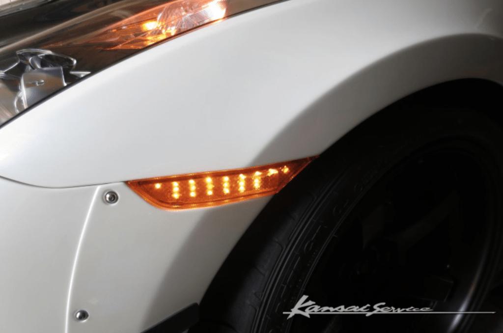 Front Wide Fender +25mm  - Orange integrated indicators - Construction: FRP - KAN113