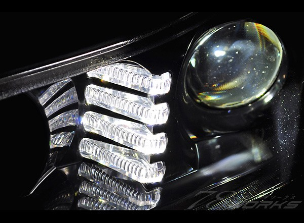 Color: Black - 78W-FLEDV2-S15