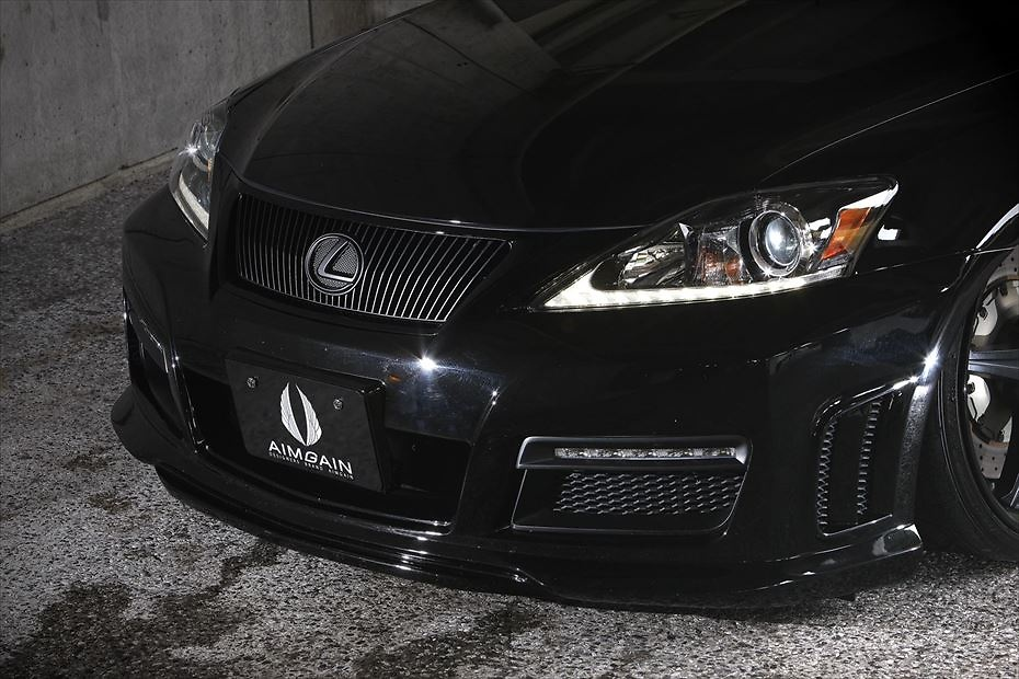 FRONT BUMPER (LED daylight · net included · 3D duct mesh attached) - Construction: FRP - Colour: Unpainted - AIMPVIPS-IS2350C-FB