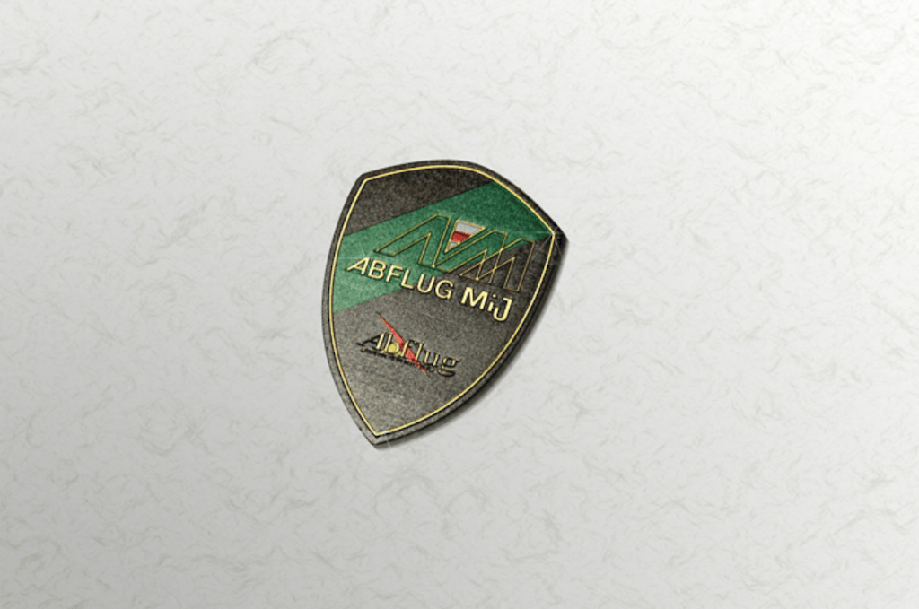 Colour: Green, Black & Gold (Brass) - Size: W50mm H70mm - Mij Crest Emblem