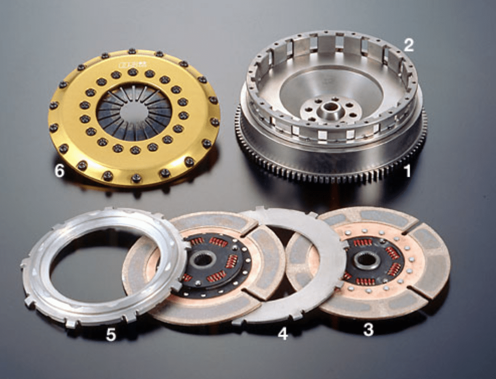 Type: Twin Plate - Clutch Cover: Aluminium - Dampered: Yes - Clamping Force: 10,700Nm - TR2CD-S15