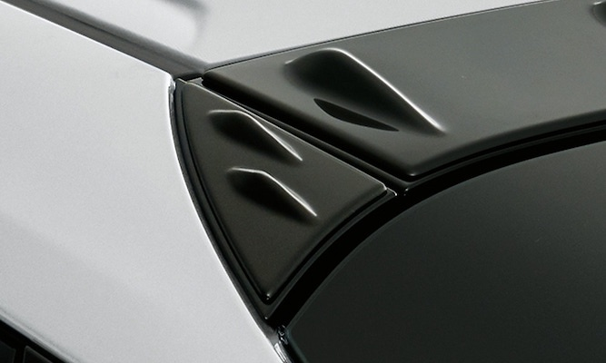 Roof Side Garnish - Construction: PPE - Colour: Glossy Black (202) - MS317-47002