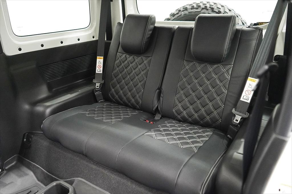 Seat Cover - Construction: PVC - Colour: Black / White Stitching - AIM-MT8SC-JB74W