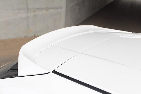 Rear Roof Spoiler - Construction: Urethane - Colour: Unpainted - 20-3003