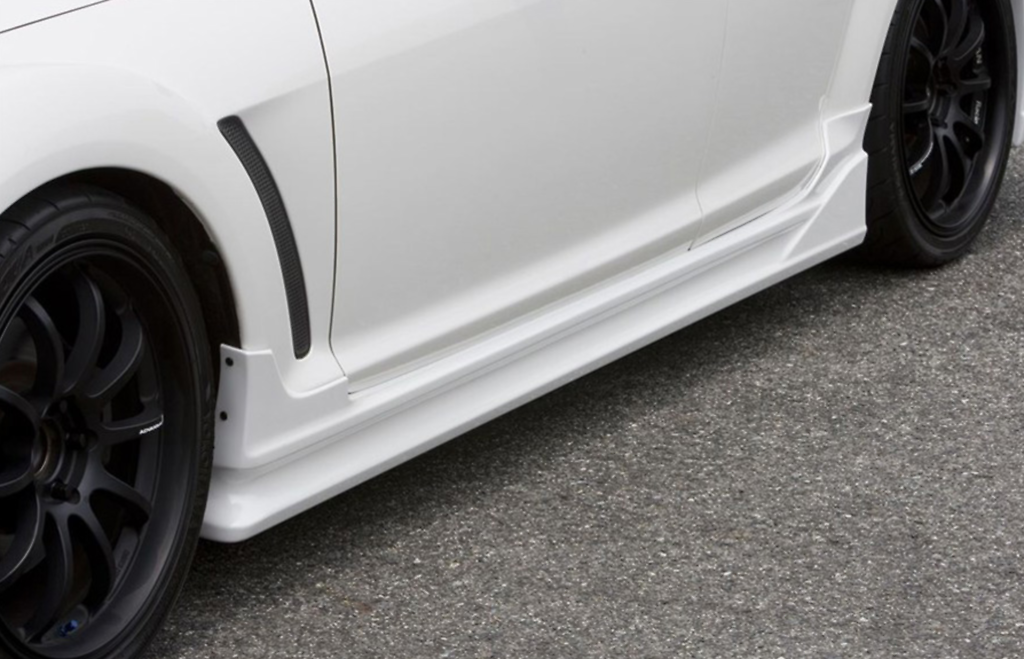 Side Skirts - Construction: PFRP - Colour: Unpainted - CSE301A-SSPF