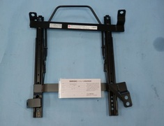 N302LR LH Nissan - Skyline - 89/8-98/4 – Left Hand Side