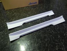 Skyline GT-R - BNR34 - Construction: FRP - Colour: Unpainted - Side Diffuser