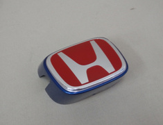 Integra Type R - DC5 - Honda Front Badge RED - Category: Exterior - 75710-S6M-Z01ZA
