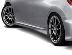 Note - E12 - HR12DDR - Construction: FRP - Colour: Unpainted - Side Steps