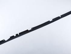 Skyline GT-R - BNR32 - RUB-SEAL HOOD F - OEM Part Number: 65810-83L00 - 65810-RHR20