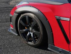 GT-R - R35 - FRONT OVER FENDER 15mm WIDE EACH SIDE - Construction: Carbon - Colour: - - 000875cc