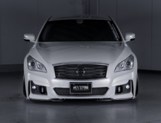 Fuga - Y51 - Front Bumper (LED fog lamp sold separately / 3D duct mesh included) - Construction: FRP - Colour: U