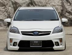 Prius - ZVW30 - Front Stylish Bumper - Construction: FRP - Colour: Unpainted - BDZVW30-FSB